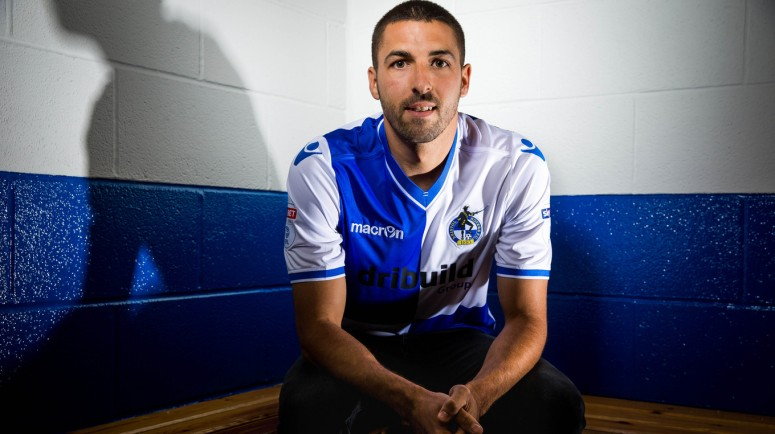 Bristol Rovers sign Liam Sercombe 300517